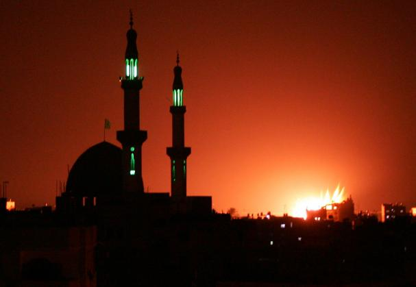 adzan_diserang_gaza