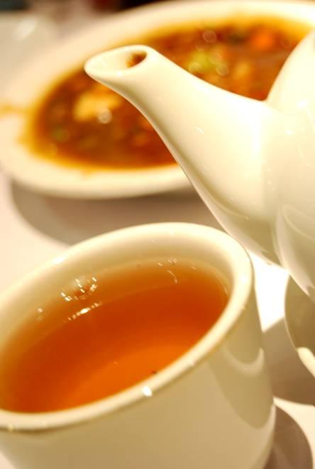 http://4rdysama.files.wordpress.com/2009/12/chinesse-tea.jpg
